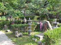 九公山纪念林恩泽园 95800元双穴传统墓
