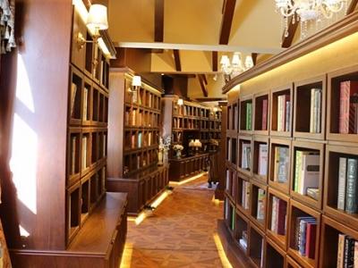 九公山图书馆壁龛节地葬